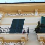 Palazzo De Rosa - fregi floreali