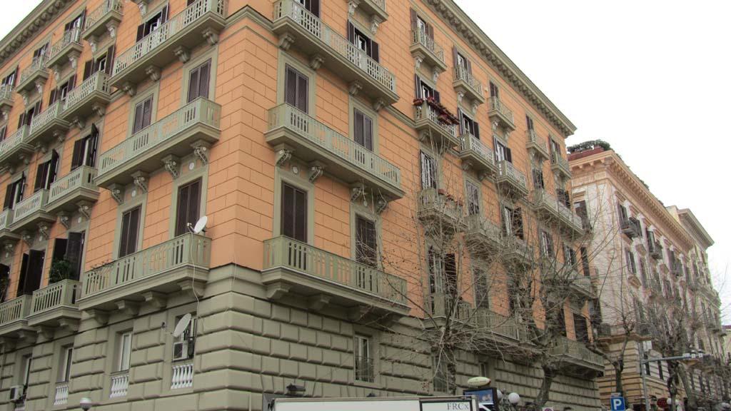 Bugnato A Cuscino.Via Cimarosa 84 Palazzi Di Napoli