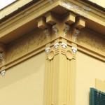 via D'Auria 5 - fregio cornicione angolo via Bonito
