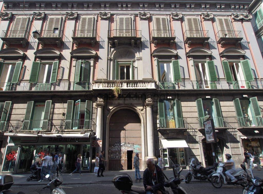 Palazzo cavalcanti toledo 348 palazzi di napoli for Piani di palazzi contemporanei